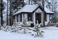Теплая беседка с камином на берегу Финского залива