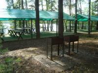 Площадка для корпоративных мероприятий на берегу озера