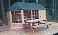 Большой гриль-домик на озере Лампушки