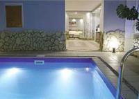 Загородный отель с бассейном в Зеленогорске