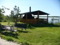Площадка на берегу озера для корпоративных мероприятий в Ленинградской области